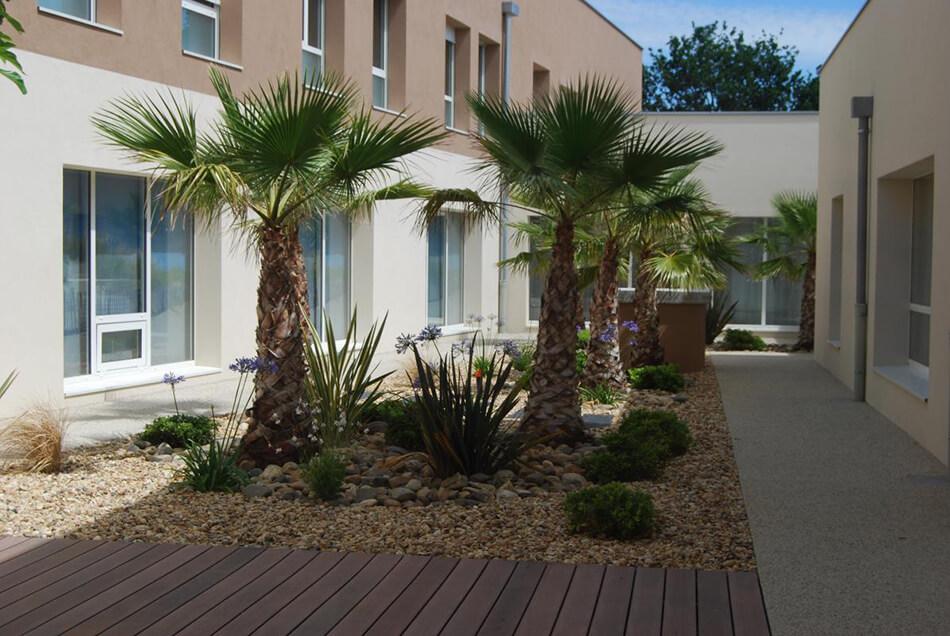 Aménagement parcs et jardins Epahd Le Teich - pépinière La Palmeraie